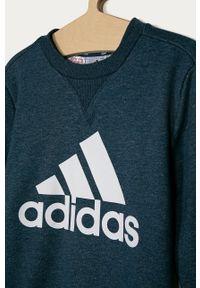 Niebieska bluza Adidas bez kaptura, na co dzień, casualowa, z nadrukiem