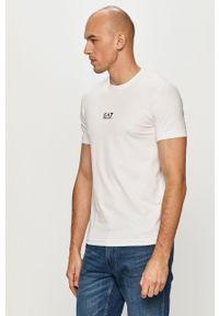 EA7 Emporio Armani - T-shirt. Okazja: na co dzień. Kolor: biały. Materiał: dzianina. Wzór: nadruk. Styl: casual