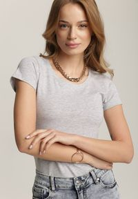 Renee - Jasnoszary T-shirt Ariema. Kolor: szary