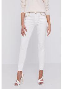 Białe jeansy Morgan