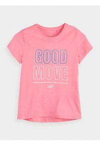 Różowy t-shirt 4f z nadrukiem