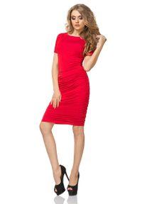 Tessita - Czerwona Sukienka przed Kolano z Marszczeniami. Kolor: czerwony. Materiał: wiskoza, elastan, akryl