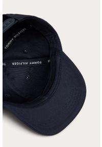 Niebieska czapka z daszkiem TOMMY HILFIGER gładkie