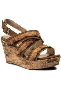 Brązowe sandały Brenda Zaro na co dzień, z aplikacjami
