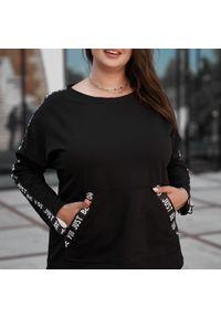 Czarna bluza Moda Size Plus Iwanek krótka, na jesień