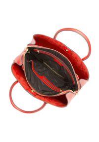 Wittchen - Kuferek skórzany trapezowy mały. Kolor: czerwony. Materiał: skórzane. Styl: elegancki, casual. Rodzaj torebki: na ramię
