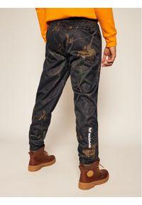 Czarne spodnie HUF