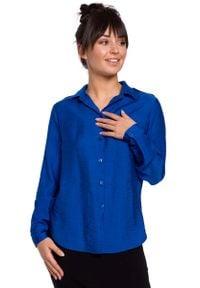 MOE - chabrowa Klasyczna Koszula z Pagonami. Kolor: niebieski. Materiał: poliamid, wiskoza. Styl: klasyczny