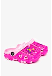 Casu - Fuksjowe klapki piankowe basenowe z ozdobą casu t820-2. Kolor: różowy. Wzór: aplikacja