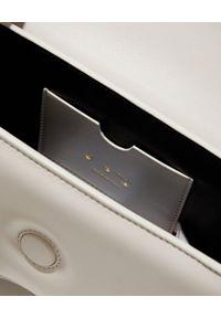 OFF-WHITE - Skórzana torebka Burrow-22. Kolor: biały. Wzór: gładki. Materiał: skórzane. Rodzaj torebki: na ramię