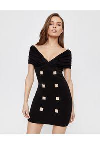 Balmain - BALMAIN - Sukienka z odkrytymi ramionami. Okazja: na imprezę. Kolor: czarny. Wzór: aplikacja. Typ sukienki: z odkrytymi ramionami. Styl: klasyczny, elegancki