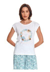 TOP SECRET - T-shirt damski z krótkim rękawem i morskim nadrukiem. Okazja: na co dzień. Kolor: biały. Materiał: bawełna, tkanina. Długość rękawa: krótki rękaw. Długość: krótkie. Wzór: nadruk. Sezon: jesień. Styl: casual