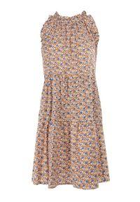 Born2be - Brązowa Sukienka Adrilise. Kolor: brązowy