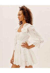For Love & Lemons - FOR LOVE & LEMONS - Biała sukienka z ozdobnym haftem. Kolor: biały. Materiał: bawełna. Wzór: haft. Długość: mini