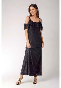 Nommo - Czarna Koronkowa Sukienka Maxi Inspirowana Hiszpańskim Stylem. Kolor: czarny. Materiał: koronka. Długość: maxi