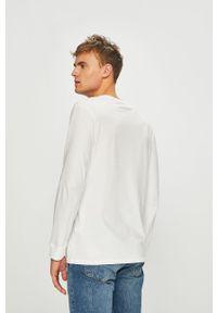 Biała koszulka z długim rękawem Levi's® biznesowa, w kolorowe wzory