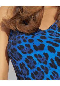 LUXE FASHION - Niebieska jedwabna sukienka w panterę. Kolor: niebieski. Materiał: jedwab. Długość rękawa: na ramiączkach. Wzór: motyw zwierzęcy. Długość: maxi