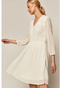 Biała sukienka medicine casualowa, mini, rozkloszowana, z długim rękawem