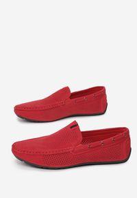 Born2be - Czerwone Mokasyny Corocea. Kolor: czerwony