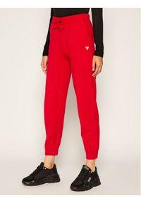 Czerwone spodnie dresowe Guess