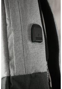 Starter - Jasny Szary Męski Plecak, Sportowy -STARTER- Regulowane Zapięcie, Pojemny, z Portem USB. Kolor: szary. Materiał: poliester. Styl: sportowy