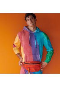 Reserved - Bluza z wielokolorowym efektem tie dye - Wielobarwny. Kolor: wielokolorowy