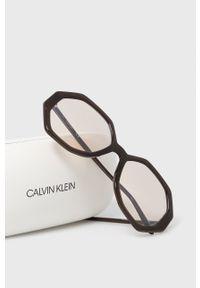 Calvin Klein - Okulary przeciwsłoneczne CK19502S.201. Kształt: okrągłe. Kolor: czarny