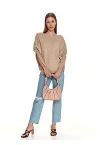 TOP SECRET - Sweter z dekoltem w łódkę. Kolor: beżowy. Materiał: jeans, dzianina. Długość rękawa: długi rękaw. Długość: długie. Sezon: wiosna