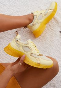 Żółte buty sportowe Renee