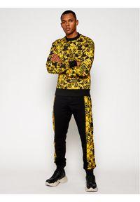 Versace Jeans Couture Bluza B7GWA7F2 Żółty Regular Fit. Kolor: żółty