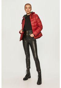Czerwona kurtka Pepe Jeans na co dzień, z kapturem