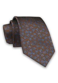 Alties - Karmelowy Elegancki Męski Krawat -ALTIES- 7cm, Stylowy, Klasyczny, w Niebieskie Drobny Kwiatki. Kolor: niebieski, beżowy, brązowy, wielokolorowy. Materiał: tkanina. Wzór: kwiaty. Styl: klasyczny, elegancki