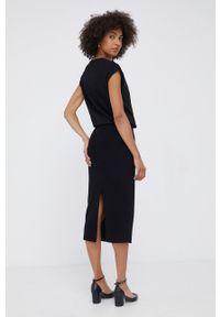 Emporio Armani - Sukienka. Kolor: czarny. Materiał: dzianina. Długość rękawa: krótki rękaw. Wzór: gładki. Typ sukienki: dopasowane