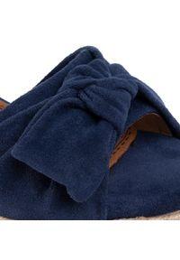 Niebieskie sandały Refresh z aplikacjami