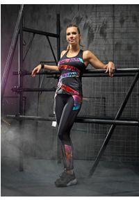 Czarny biustonosz sportowy FJ! na fitness i siłownię, z nadrukiem