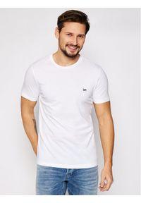 Lee T-Shirt SS Patch Logo Tee L60UFQ12 Biały Regular Fit. Kolor: biały