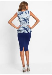 Sukienka ołówkowa w kwiaty bonprix ciemnoniebiesko-jasnoniebieski w kwiaty. Kolor: niebieski. Wzór: kwiaty. Typ sukienki: ołówkowe