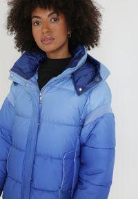 Born2be - Niebieska Kurtka Piroire. Okazja: na co dzień. Kolor: niebieski. Materiał: tkanina, puch, materiał. Długość: długie. Styl: casual