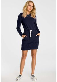 MOE - Granatowa Sukienka Sportowa Mini z Kapturem. Typ kołnierza: kaptur. Kolor: niebieski. Materiał: bawełna, elastan. Typ sukienki: sportowe. Styl: sportowy. Długość: mini