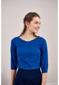 Marie Zélie - Bluzka Primula kobaltowa. Typ kołnierza: kokarda. Kolor: niebieski. Materiał: bawełna, dzianina, materiał, elastan, tkanina, skóra. Styl: elegancki