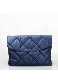 Niebieska torebka Monnari pikowana