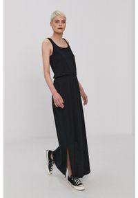 Vero Moda - Sukienka. Okazja: na co dzień. Kolor: czarny. Materiał: bawełna, dzianina, poliester. Długość rękawa: na ramiączkach. Wzór: gładki. Typ sukienki: proste. Styl: casual