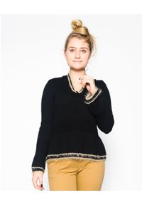 CRISTINAEFFE - Czarny sweter z brązowymi wstawkami. Kolor: czarny. Materiał: materiał. Styl: klasyczny