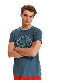 Zielony t-shirt TOP SECRET krótki, z krótkim rękawem, na jesień, z okrągłym kołnierzem