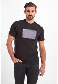 T-shirt Armani Exchange w kolorowe wzory, elegancki