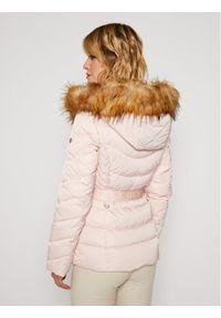 Różowa kurtka zimowa Guess