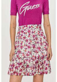 Różowa spódnica Guess casualowa, na co dzień