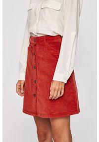 Czerwona spódnica Noisy may na co dzień, casualowa