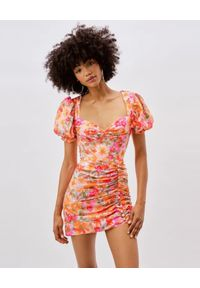 For Love & Lemons - FOR LOVE & LEMONS - Sukienka mini z bufiastymi rękawami Jody. Typ kołnierza: dekolt kwadratowy. Kolor: wielokolorowy, różowy, fioletowy. Materiał: materiał. Wzór: kwiaty. Sezon: lato, wiosna. Typ sukienki: dopasowane. Długość: mini