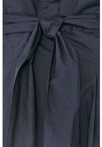 Marc O'Polo - Sukienka. Typ kołnierza: polo. Kolor: niebieski. Materiał: tkanina. Długość rękawa: krótki rękaw. Wzór: gładki